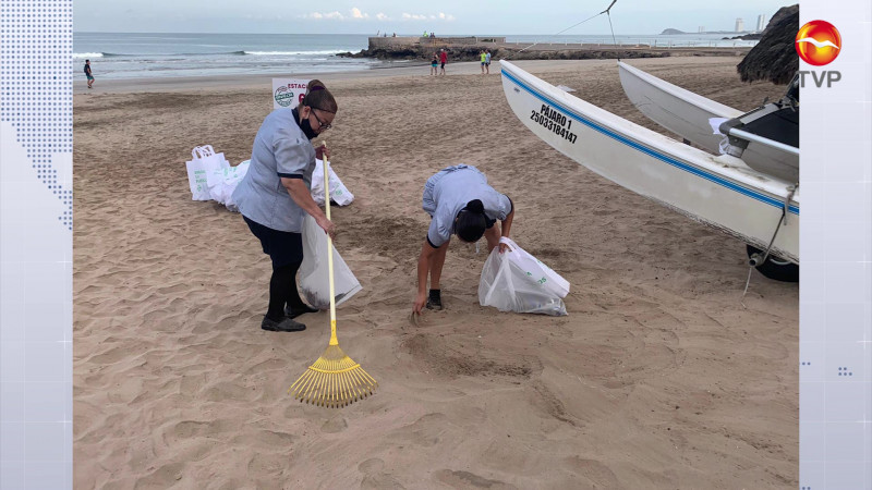 Evitan que una 1.4 toneladas de basura termine en el mar de Mazatlán
