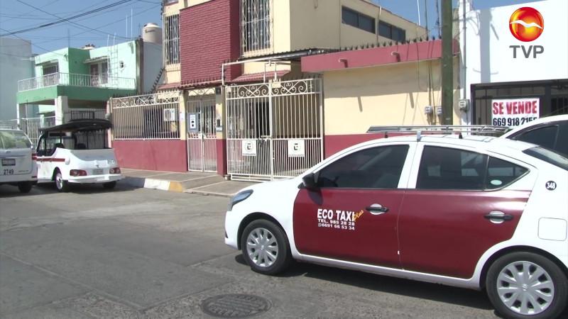Abre Taxis Rojos bolsa de trabajo en Mazatlán