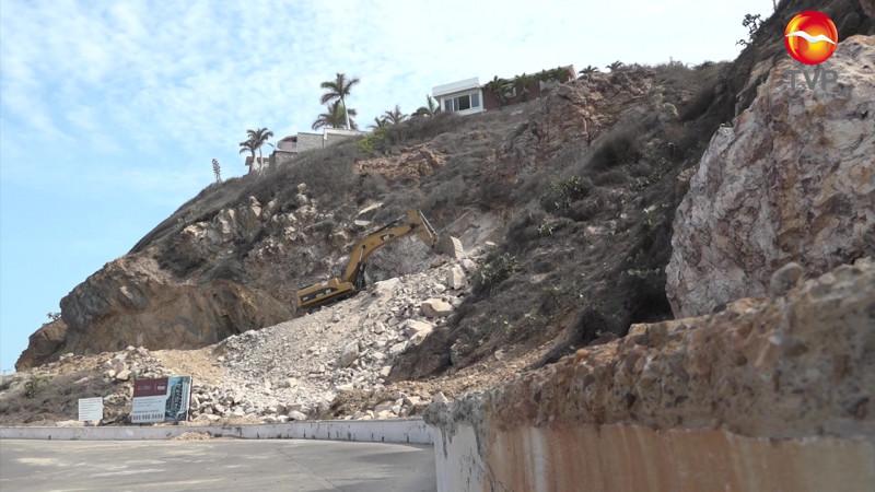 Ayuntamiento ignoró a vecinos del Cerro del Vigía y autorizó obra en zona de derrumbes