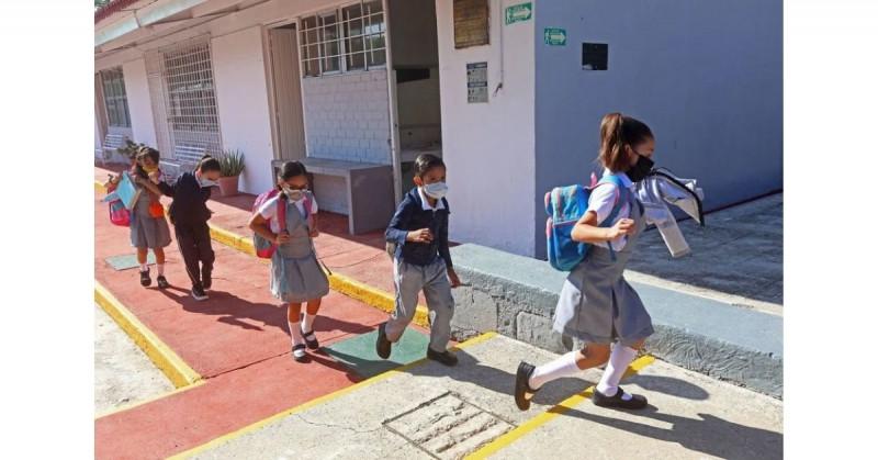 SEP ordenará que los alumnos de primaria y secundaria pasen año con un mínimo de 6