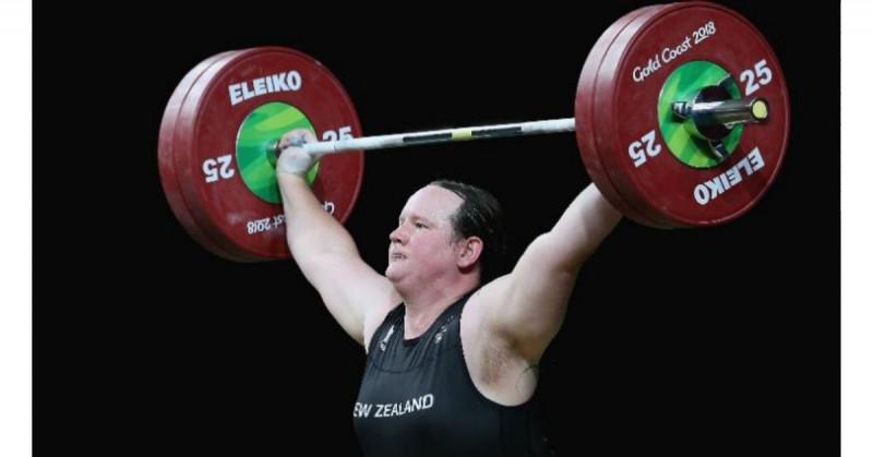 Pesista de NZ será la primera atleta transgénero en los JJOO.