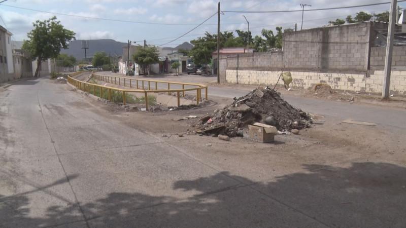 Arroyo sucio en Villa Bonita