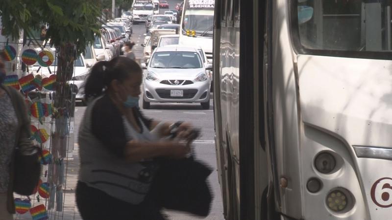 Va de nuevo: exigirán a pasajeros usar cubre bocas en los camiones urbanos