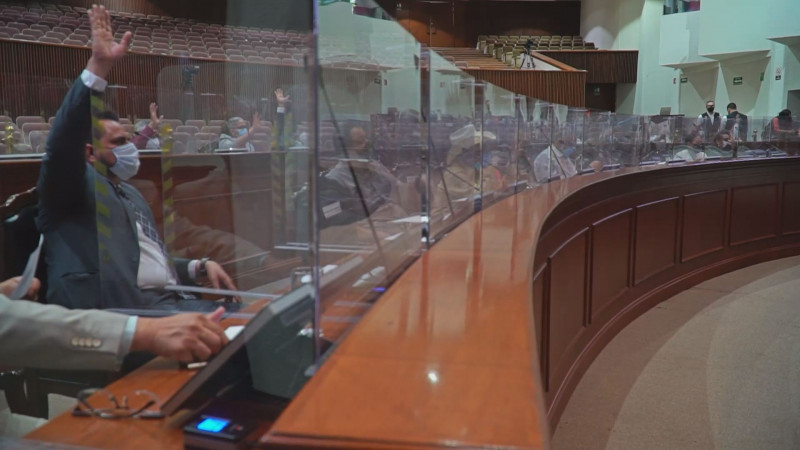 Exhortan desde el Congreso a las autoridades de salud a realizar una campaña intensiva contra el COVID