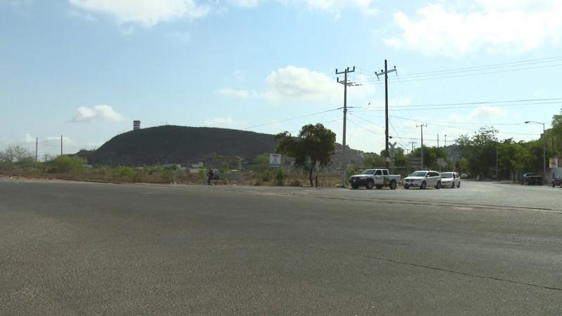 Piden autoridades de Topolobampo culminen obra de la calle Benito Juárez