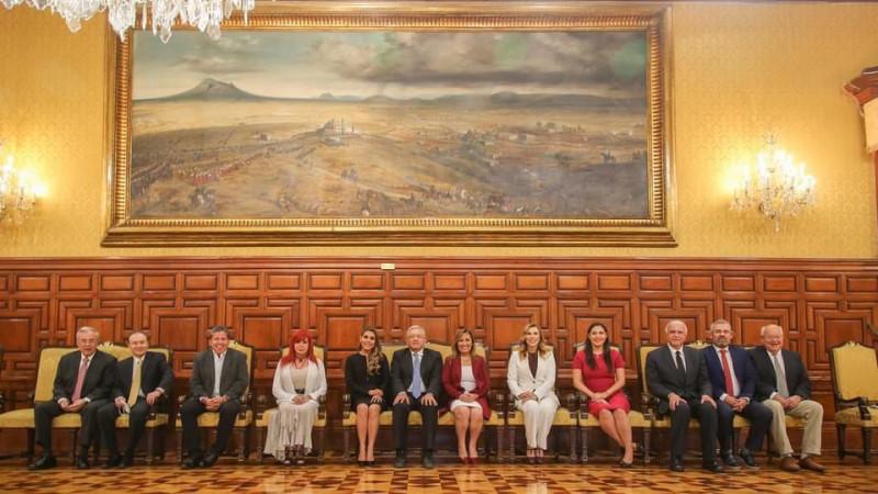 Se reúnen Gobernadores electos de MORENA con AMLO