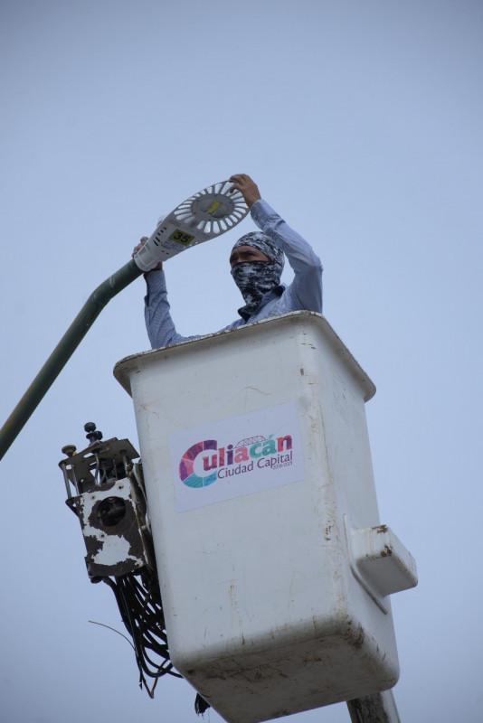 El Ayuntamiento de Culiacán llama a la población a denunciar  incidencias en las luminarias