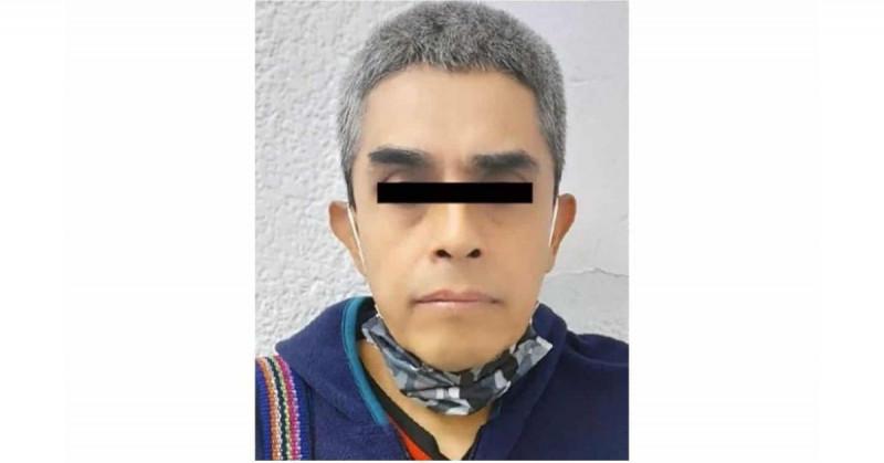 """Inician proceso a Salvador por dar un celular para """"manosear"""" a niña de 12 años"""