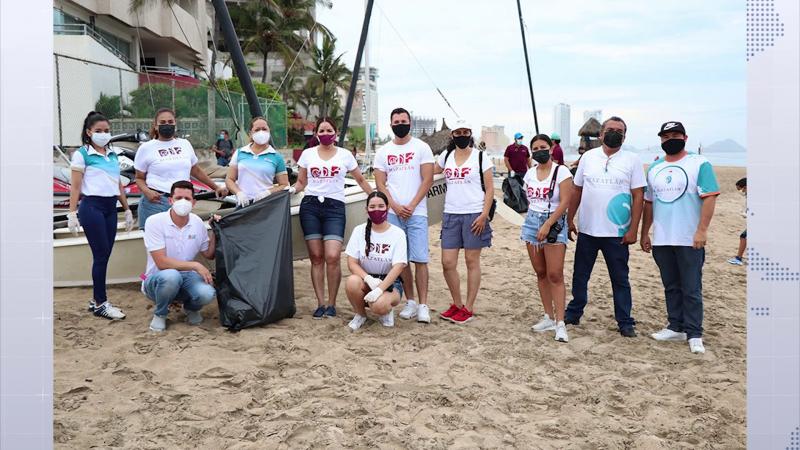 Cabildo infantil realiza limpieza de playas