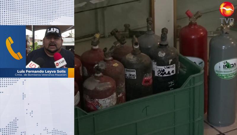 "En ""rachas"", escasean tanques de oxigeno en Mazatlán: Bomberos Veteranos"