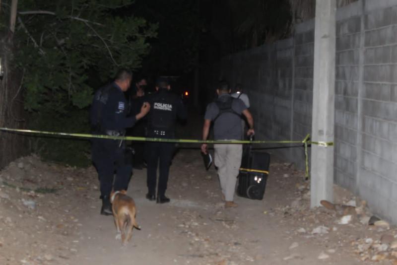 Grupo armado lo asesina frente a su familia