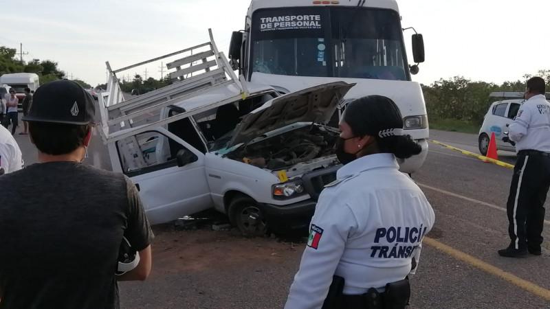 Fallecen dos mujeres en accidente carretero en Navolato