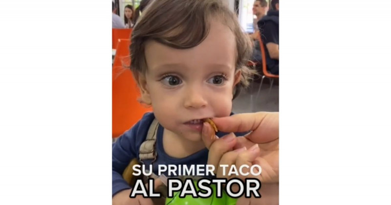 Este bebé nos mata a todos de ternura al probar su primer taco al pastor (video viral)