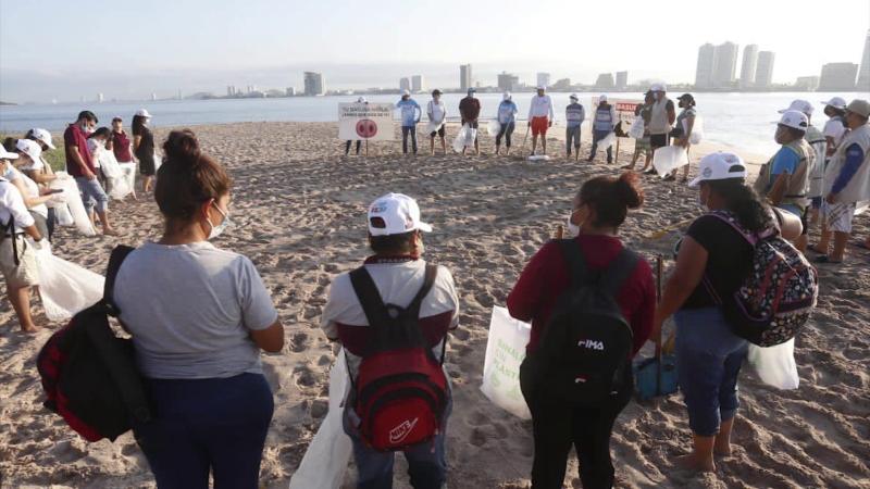 Realizan campaña 'Playas Limpias Sinaloa' en Isla Venados