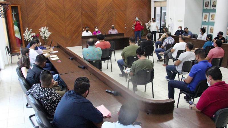 Reducen aforos al 45% en Mazatlán