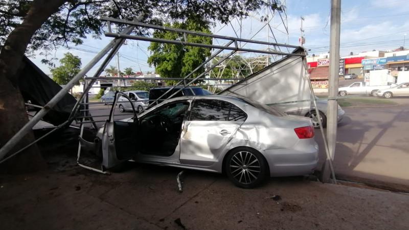 Se registra un accidente por la Avenida Álvaro Obregón