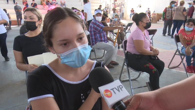 Jóvenes de Ahome a favor de que se exija comprobante de vacunación
