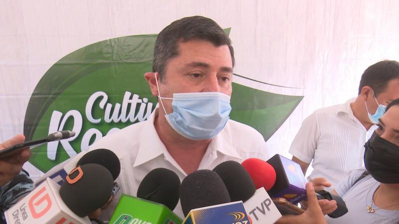 En Ahome no se contempla exigir certificado de vacunación: Chapman Moreno