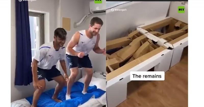 """Atletas israelíes demuestran que las camas """"anti-sexo"""" soportan 8 personas brincando en ellas (video)"""
