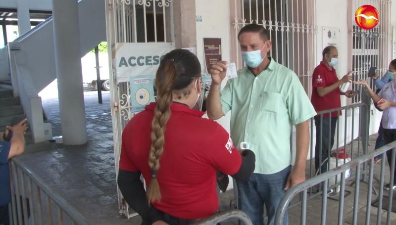 Nadie puede ingresar al Ayuntamiento de Mazatlán sin certificado de vacunación
