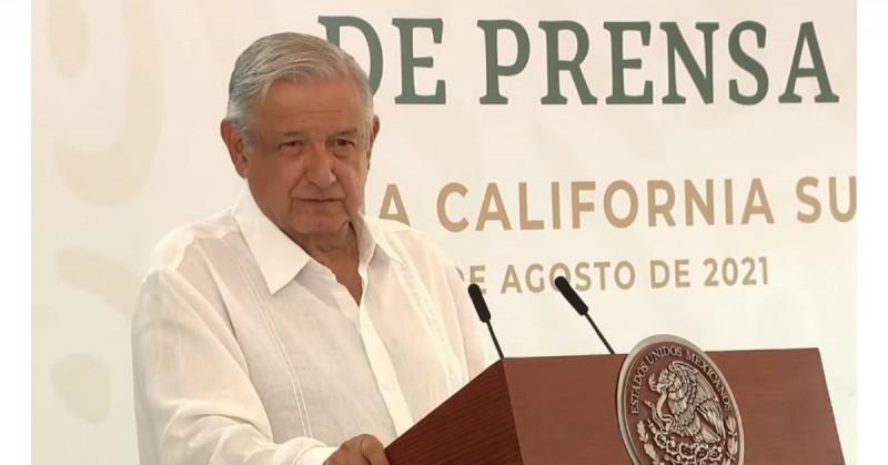 """López Obrador no acepta el conteo de 3.8 millones de nuevos pobres y dice tener """"otros datos"""""""