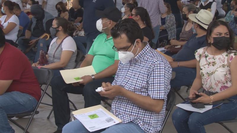 Profesores vacunados con CanSino se han contagiado en Sinaloa