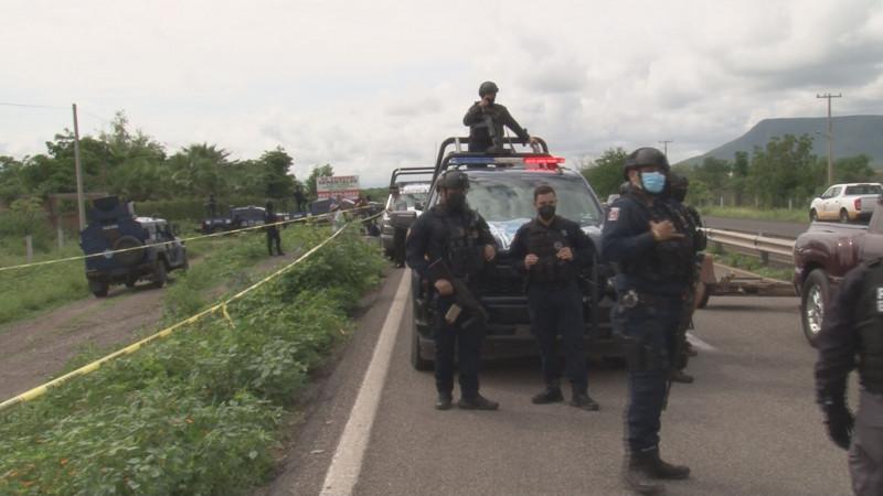 Intensa persecución policiaca por despojo de camioneta en Culiacán