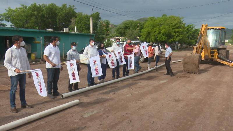 Ampliarán red de agua potable en el Poblado 7 Valle del Carrizo