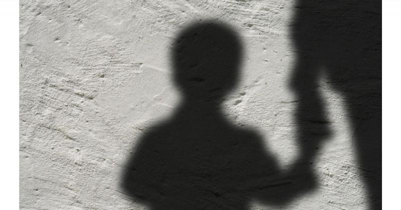 Buscan ejecutar a niño de 8 años por orinar alfombra de lugar sagrado en Pakistán