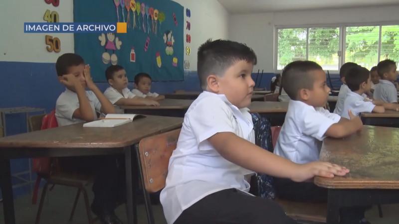 Bajo rendimiento escolar obliga a regresar a las aulas