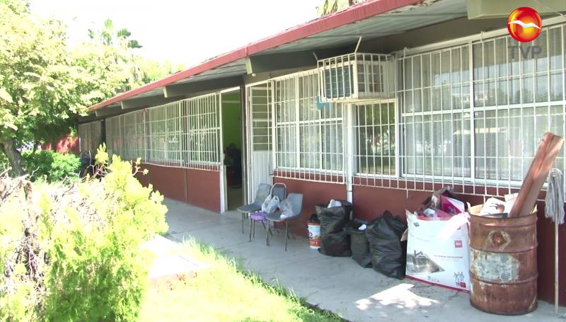 Limpian escuelas en Mazatlán pero no estarán en condiciones adecuadas para regreso a clases