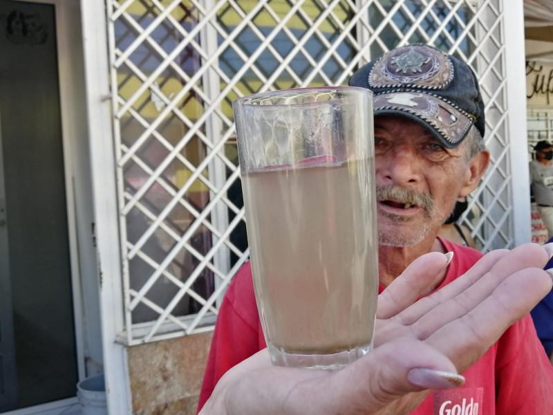 Vecinos de San Blas demandaran autoridades por escasez de agua