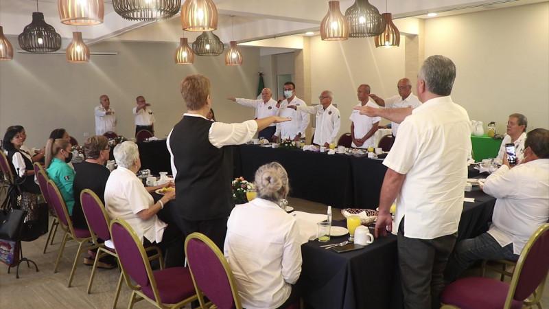 Nueva mesa directiva de los Leones de Mazatlán