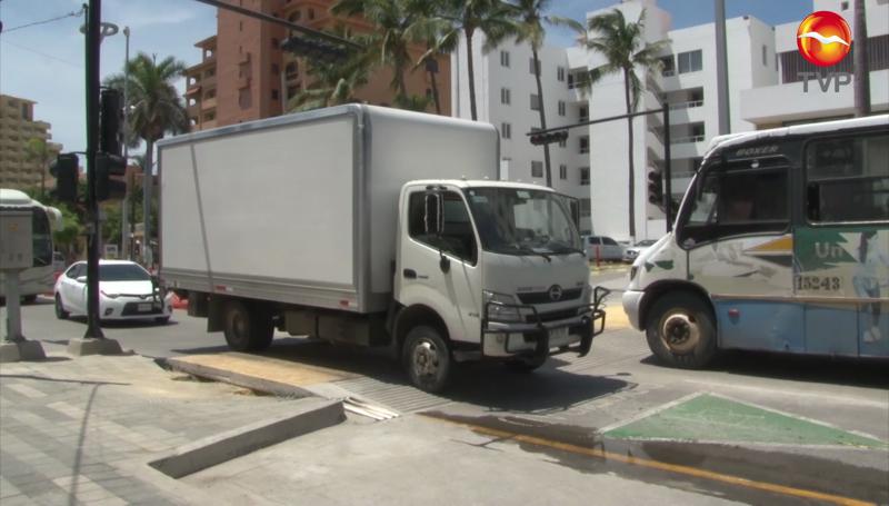 Topes como el de Zona Dorada se colocarán en todo Mazatlán