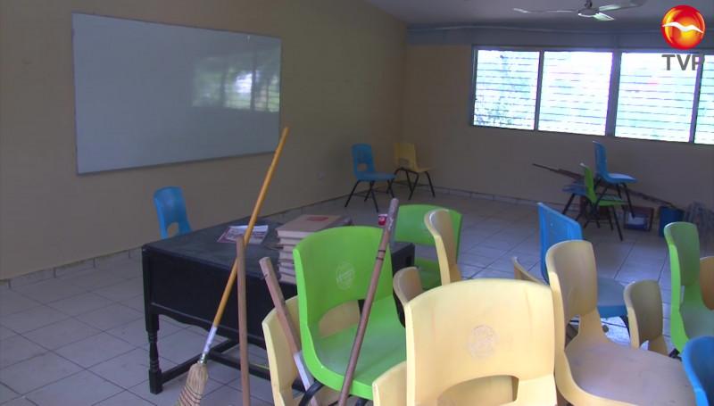 Siguen limpiando escuelas en Mazatlán para el regreso a clases