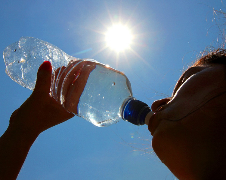IMSS llama a extremar precauciones para evitar golpe de calor