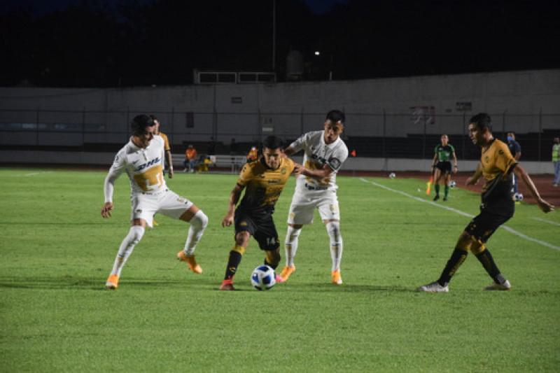 Dorados derrota 2-0 a Pumas y es el nuevo líder en la Liga de Expansión