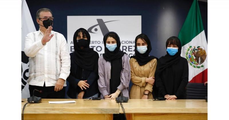 México recibe a 124 refugiados de Afganistán, la mayoría periodistas