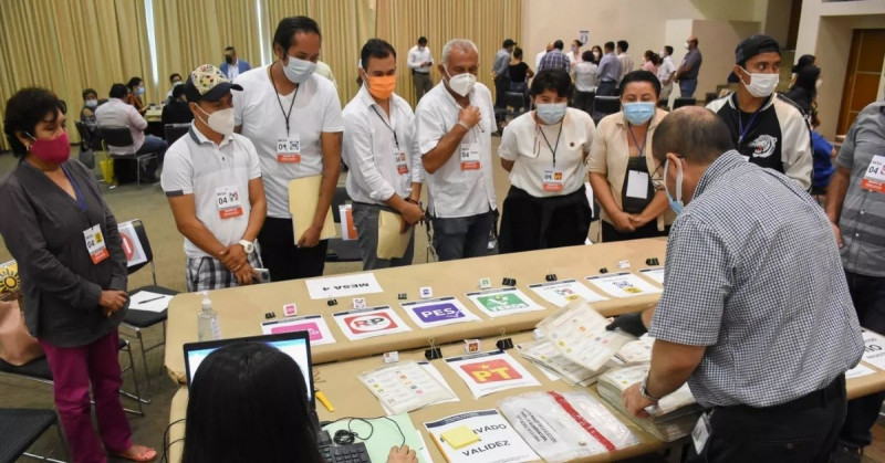 Campeche recuenta los votos de su pasada elección de gobernador