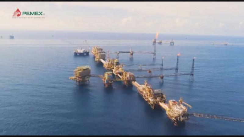 Pese a incendio en plataforma de PEMEX, habrá recuperación de producción de petróleo: AMLO
