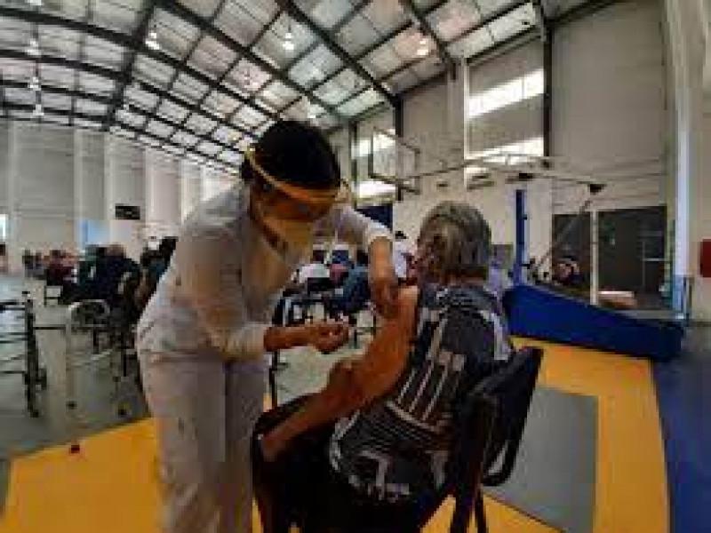 Llama el Rector de la UAS a la población a vacunarse contra el Covid