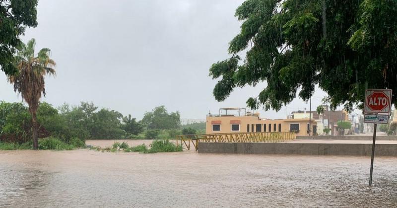Alcalde pide a colonias del arroyo Jabalines que se refugien en albergues
