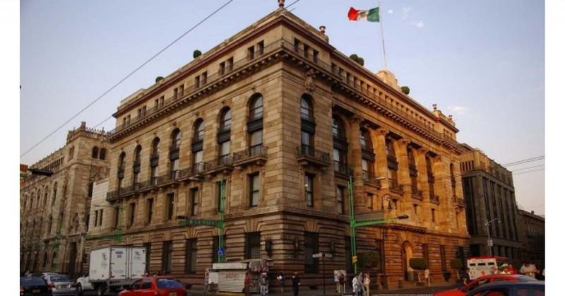 Banxico aumenta a 6.2% el pronóstico de crecimiento económico de México para este año