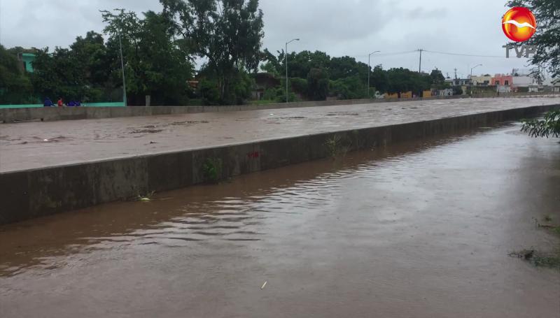 Canales pluviales de Mazatlán se dañaron por el huracán
