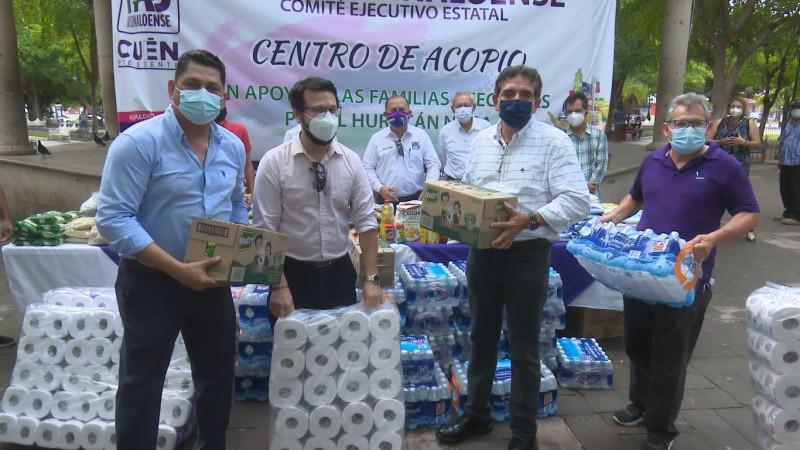 Instala PAS centro de acopio de víveres en la plazuela 27 de septiembre