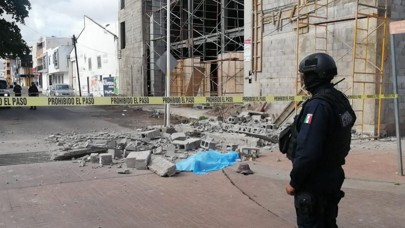 Muere albañil al caer de edificio en construcción