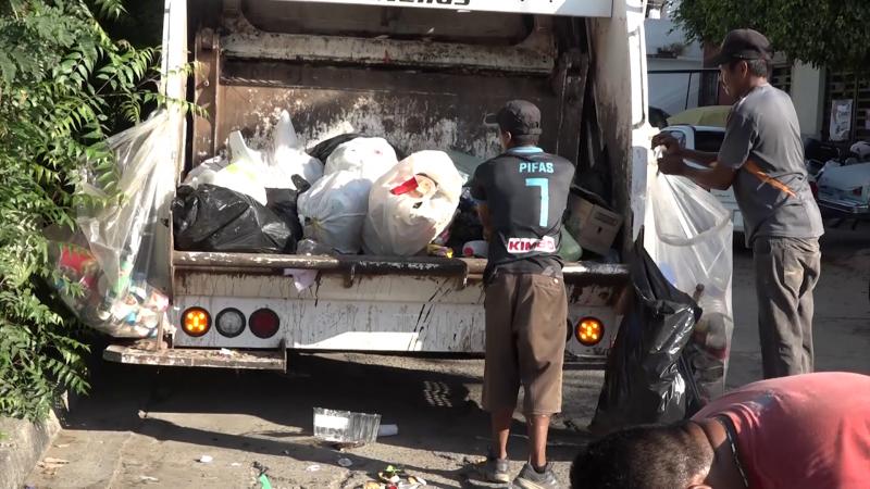 Camiones descompuestos y robo de cableado: Servicios Públicos.