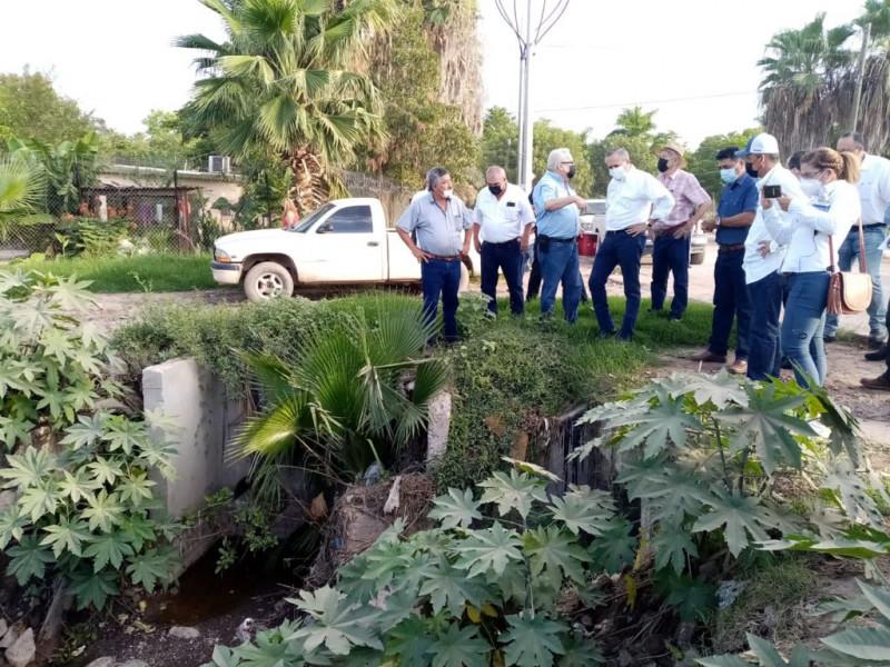 Gerardo Vargas busca terminar con las inundaciones en la Villa de Ahome