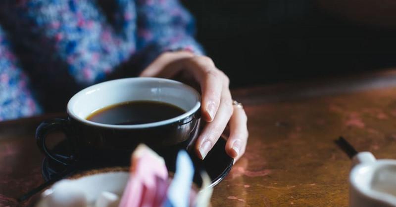 Las mujeres que toman café sin azúcar tienen tendencias a ser malvadas y egoístas
