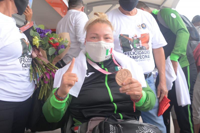 Llega a Mazatlán Rosa María Guerrero, Medallista Paralímpica